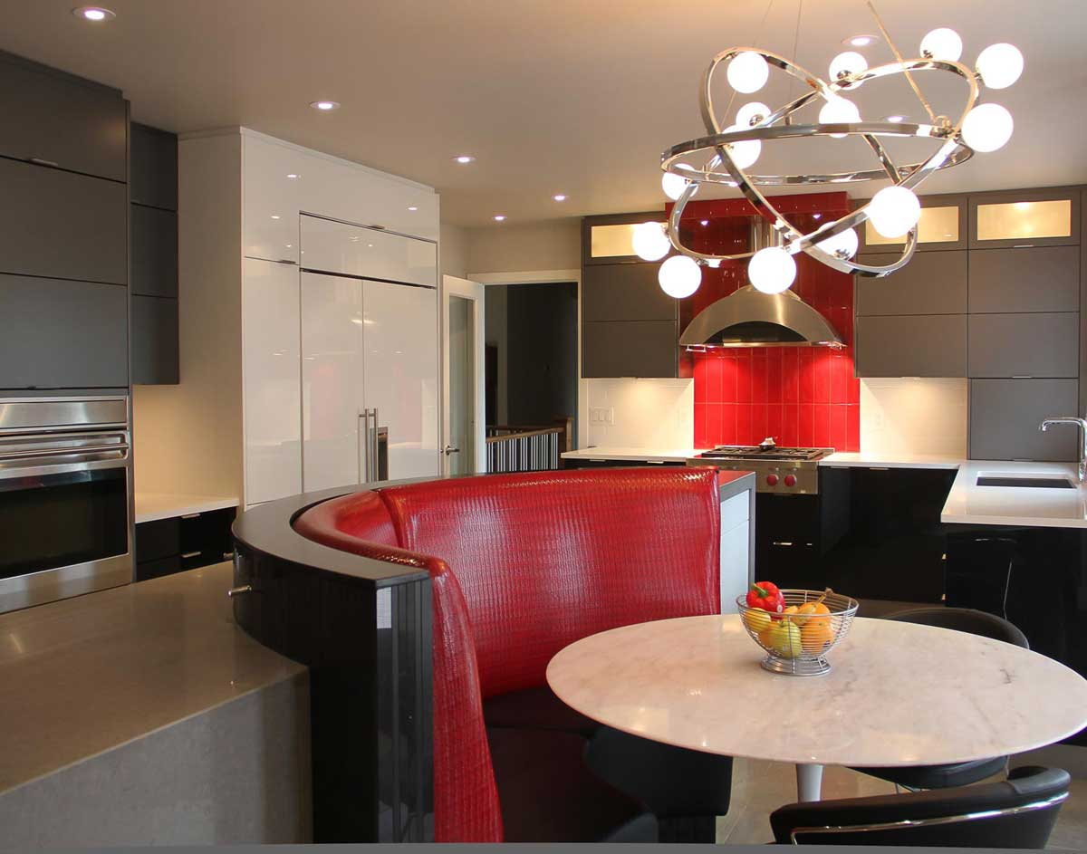 Redl Custom Kitchen with High Gloss Wood Veneer